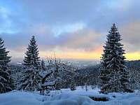 pohled z apartmánu na Javorníky zima - Velké Karlovice - Soláň