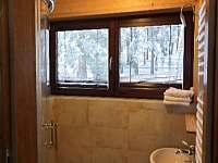 WC a sprchovýkout podkroví - chalupa k pronájmu Velké Karlovice - Soláň