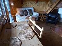Jídelní stůl - chata k pronájmu Trojanovice část pod Javorníkem