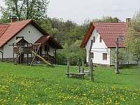 zahrada a hřiště - apartmán ubytování Kunčice pod Ondřejníkem
