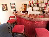 Bar - společenská místnost - apartmán k pronajmutí Horní Bečva