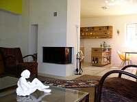 Obývací pokoj, pohled ze sedačky