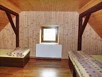 Pokoj v 1. patře - chalupa k pronajmutí Prostřední Bečva