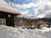 Chalupa v zimě - pronájem Visalaje