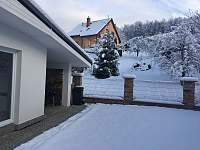 Zima - dvorek