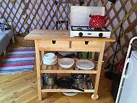Kuchyňka - chata k pronájmu Smilovice