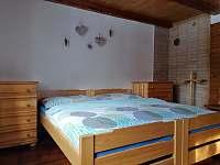 ložnice - chalupa k pronajmutí Ratiboř u Vsetína
