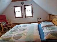 ložnice podkroví - chalupa k pronájmu Ratiboř u Vsetína