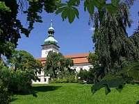 zámek a muzeum Vsetín - pronájem chalupy Ratiboř u Vsetína