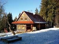 Celkový pohled - zimní - chalupa k pronájmu Horní Bečva