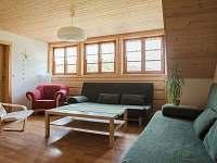 Obývací pokoj - chalupa k pronájmu Horní Bečva