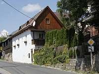 Chata k pronájmu - okolí Bludovic