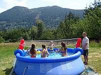 koupání v bazénku, červenec 2019 /bazén nepronajímáme Ostravice