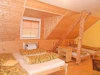 pokoj v podkroví, s balkonem - Ostravice