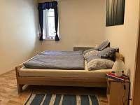 Ložnice - apartmán k pronajmutí Velké Karlovice