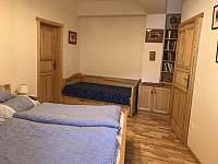 Ložnice - apartmán k pronájmu Velké Karlovice
