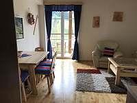 Obývací část - pronájem apartmánu Velké Karlovice