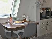 Ubytování pod rozhlednou - apartmán k pronajmutí - 11 Velké Karlovice