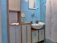 Ubytování pod rozhlednou - apartmán - 21 Velké Karlovice