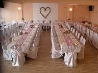 Svatba v sále - pronájem chatek Prostřední Bečva