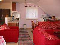 obývací kuchyň v patře