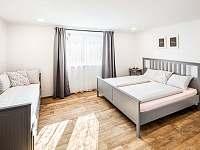 Velký apartmán-ložnice pro 4 osoby - Bukovec