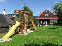 Atrakce pro děti v zahradě