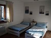 Apartmán A: ložnice - chalupa k pronajmutí Velké Karlovice