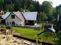 Dětské hřiště shora - Velké Karlovice
