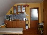 ubytování Velké Karlovice - pokoj s kuchyňkou