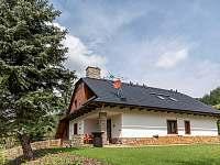 terasa se zahradou - ubytování Velké Karlovice