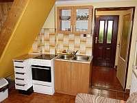kuchyňka - chata k pronájmu Lhotka u Frýdku Místku