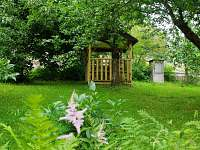 Zahradní altán - chalupa k pronájmu Horní Bečva