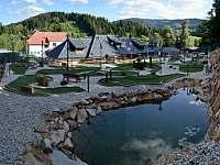 Zavadilka - přímo v obci krásný minigolf - Prostřední Bečva