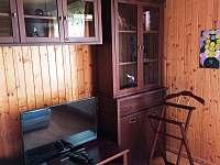 Ložnice přízemí - chalupa k pronajmutí Ostravice