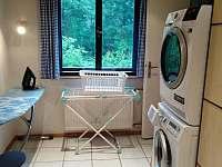 Prádelna pračka sušička AEG, žehlička - Ostravice