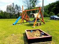 Dětské hřiště - apartmán k pronajmutí Čeladná