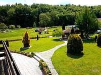 Zahrada - apartmán ubytování Čeladná