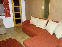 Obývací pokoj - Dolní Lomná
