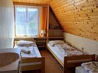 pokoj 2 (3 postele) - chata k pronajmutí Semetín