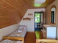 pokoj 2 (3 postele) - pronájem chaty Semetín