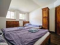 Apartmán 2. - 6 osob /dva pokoje 2l.+1př., 3l./, koupelna s WC + samostatné WC - Rožnov pod Radhoštěm