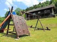 dětské hřiště - chalupa k pronajmutí Rožnov pod Radhoštěm