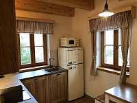 kuchyň - roubenka k pronájmu Velké Karlovice