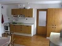 Plně vybavená kuchyně v přízemí