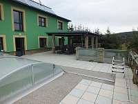 Rekreační dům s bazénem - Liptál - pronájem