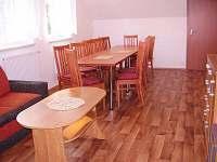 Společenská(obývací)místnost. - chalupa k pronajmutí Kunčice pod Ondřejníkem