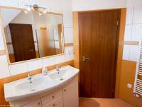 Velký apartmán-koupelna