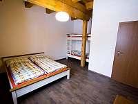 Apartmán - ložnice - chalupa k pronájmu Dolní Lomná