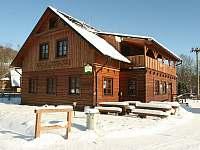 Exterier - zima - chalupa ubytování Dolní Lomná